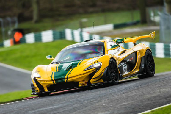 famous five mclaren f1 gtr finishers to be reunited at le mans two