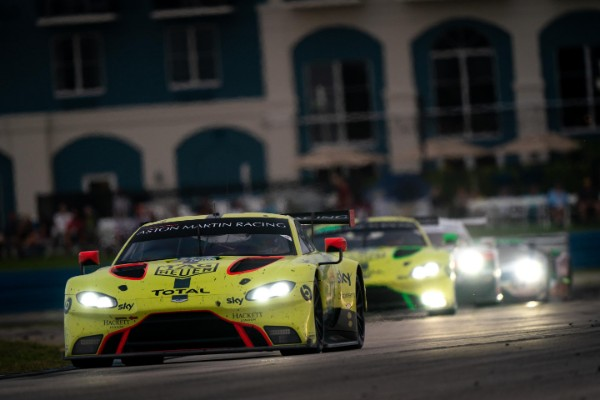 VALIANT PERFORMANCE GOES UNREWARDED FOR ASTON MARTIN AT SEBRING