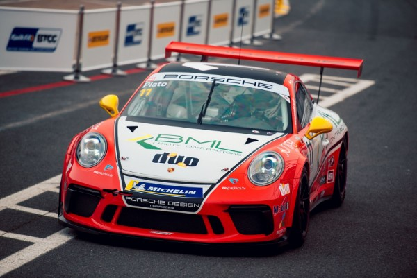 PLATO TOPS CLOSE PORSCHE CARRERA CUP GB FRIDAY PRACTICE SESSION AT BRANDS HATCH